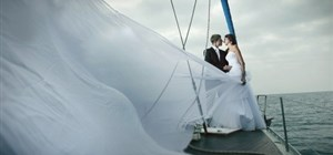 Indulge in Upscale Wedding Transportation