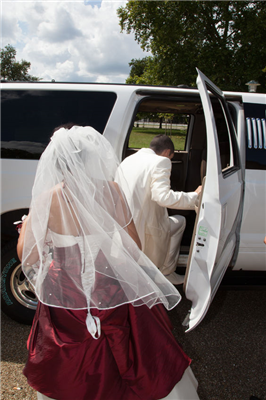 Reserve a Shuttle for Your Wedding