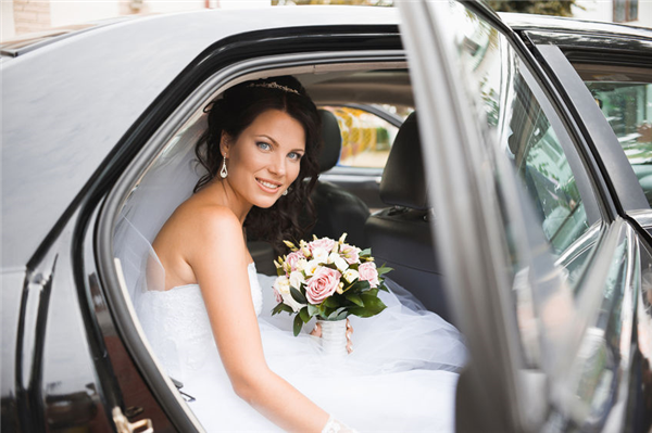 Valet Parking Service Tips for Planning Your Wedding