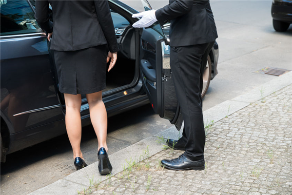 Choosing the Right Transportation Service for Your Event