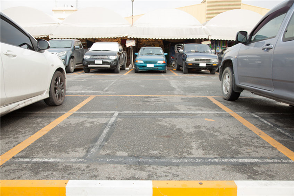 Why Hire a Professional to Manage your Parking Lot?