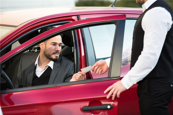 How to Get a Quote From a Valet Parking Service
